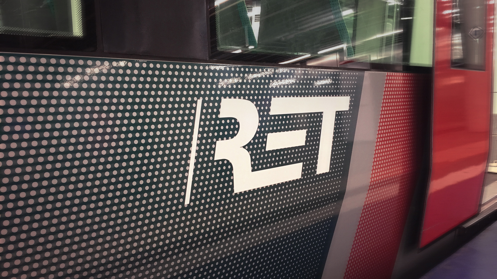 Een logo voor de RET